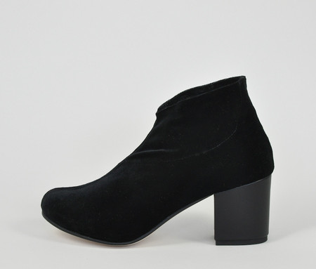 the palatines shoes sano stretch bootie - black velvet