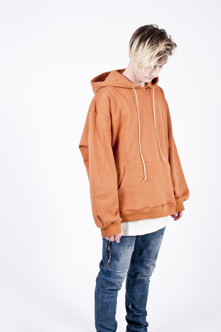 MR. COMPLETELY Factory Hoodie Rust