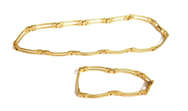 Gold bracelet/necklace set