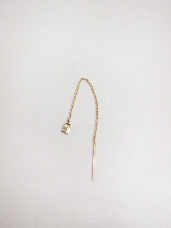 Lauren Klassen Tiny Lock Chain Earring