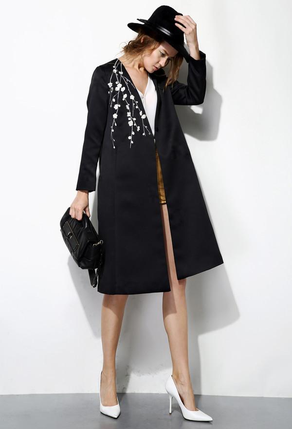 Few Moda Long Embroidered Coat