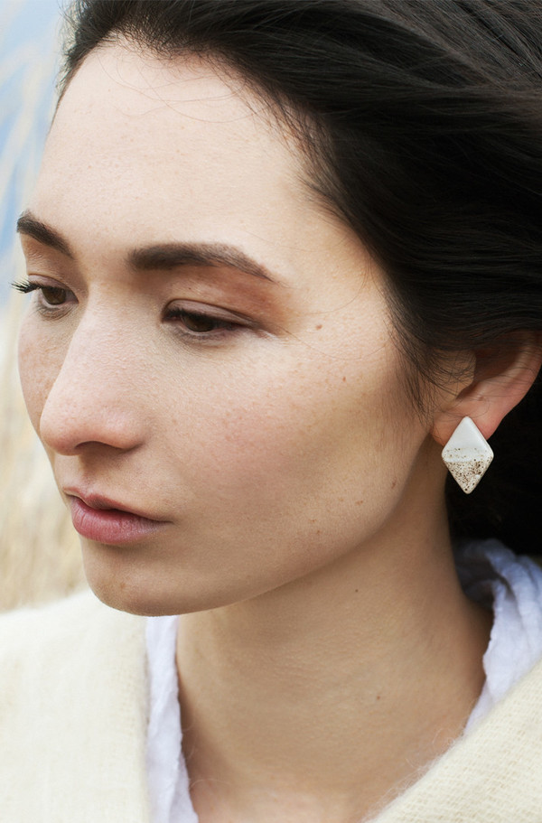 Gamma Folk Double Point Earrings