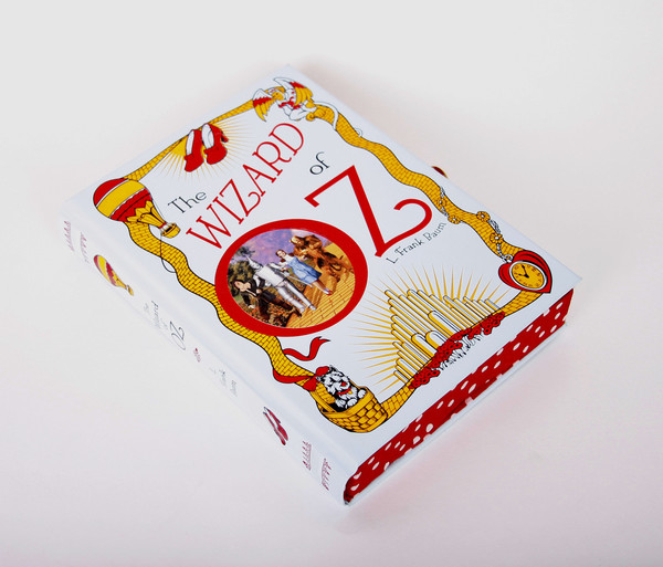 Chick Lit Designs Wizard of Oz Book Clutch