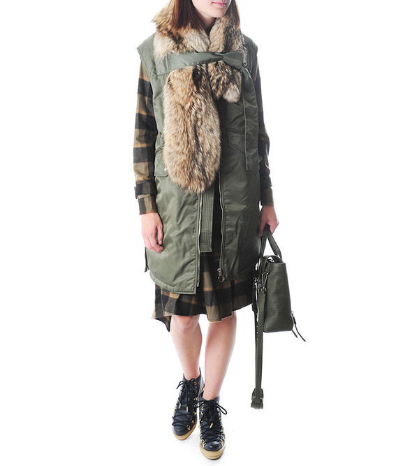 Flight Vest w Detachable Fur Stole
