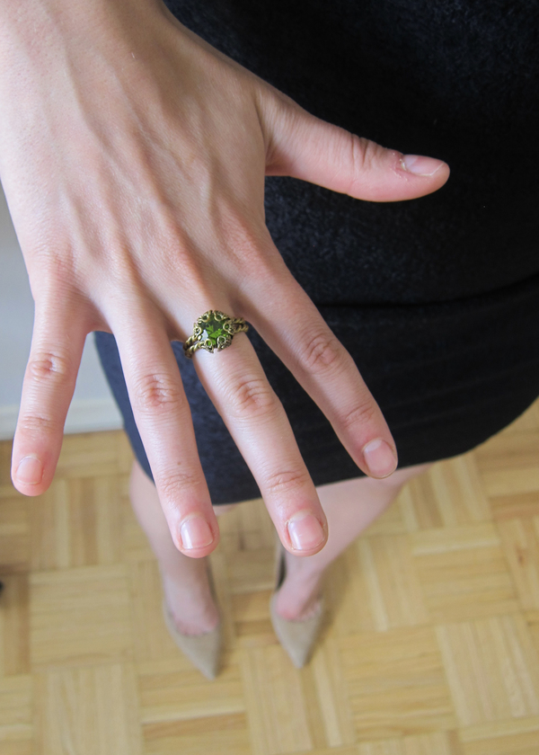 Vintage Collection Bronze and Green Glass Ring