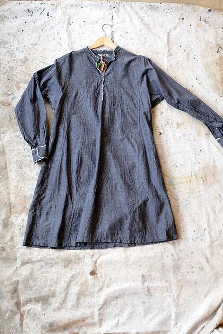 Injiri Dark Grey Chambray Shirt dress