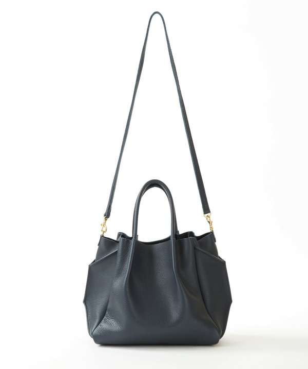 Oliveve Zoe Tote In Navy Pebble Cow Leather