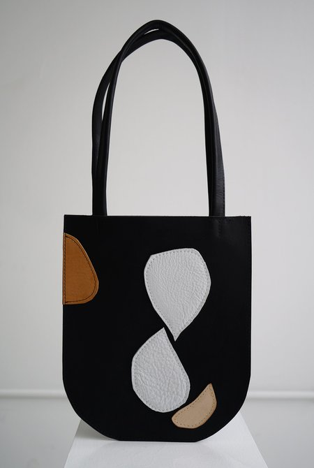 CHC Abstract 01 Tote