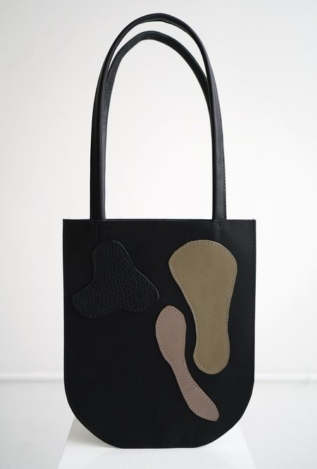 CHC Abstract 02 Tote