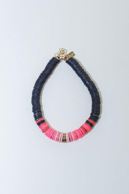 IL Design Black Arrows Bracelet