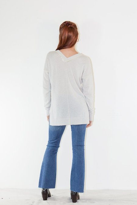 Duffy Cashmere Double V-Neck Sweater in Heather Grey/Yellow Stripe