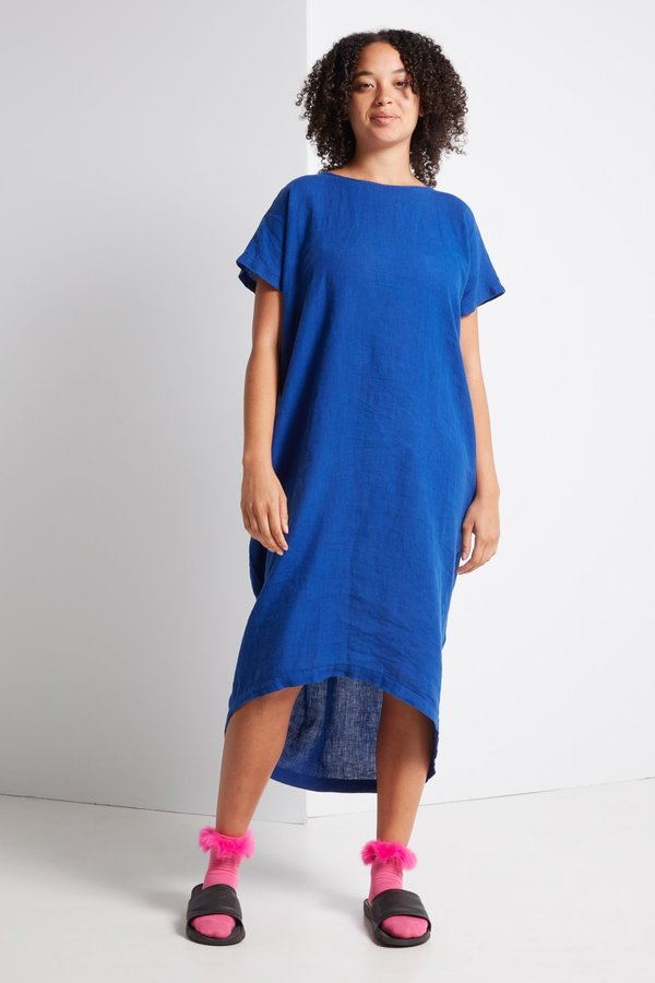 Black Crane Pleated Cocoon Dress in Royal Blue