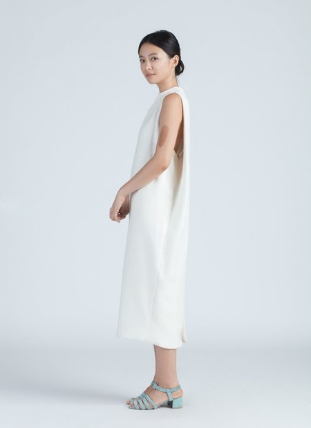 KAAREM Dill High Collar Silk Dress - Ivory