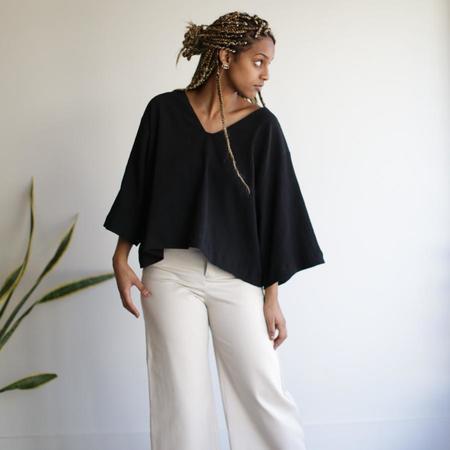 Sunja Link Bell Sleeve Top - White / Black