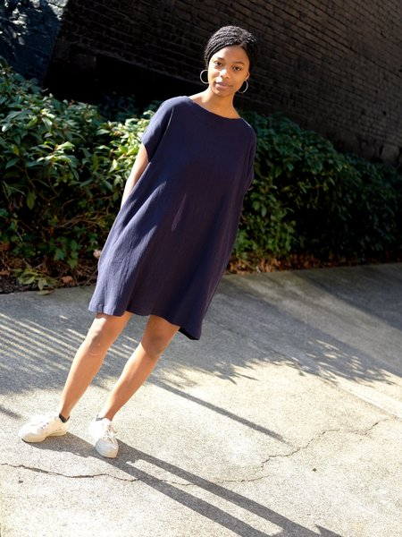 Sunja Link TUNIC DRESS IN NAVY CRINKLE COTTON