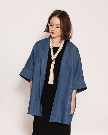 7115 by Szeki Short Sleeves Kimono Jacket in Indigo