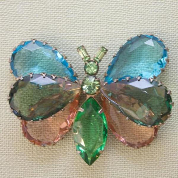 Pied Nu Vintage Brooch, 1970s Butterfly
