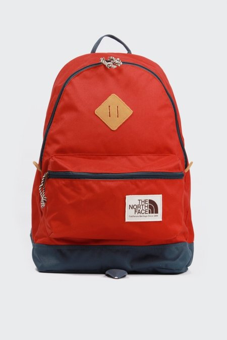 THE NORTH FACE Berkeley Backpack - Bossa Nova Red/Conquer Blue