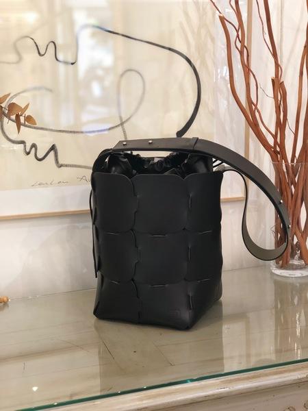 Paco Rabanne Element Medium Black Bucket bag