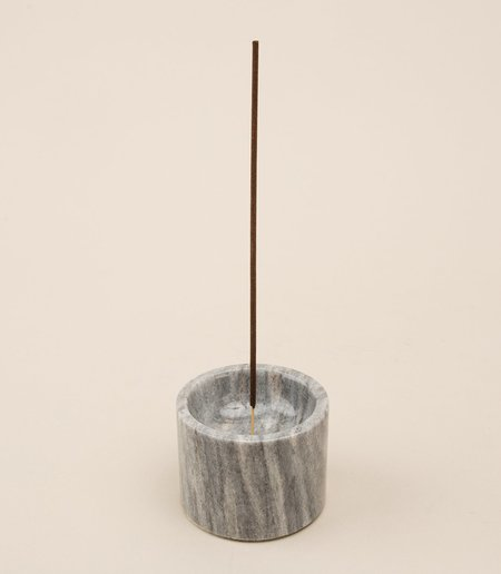 La Roca ROOTED INCENSE HOLDER IN GRAY