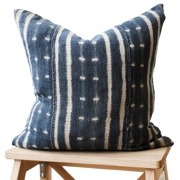 Valiente Goods Small Indigo Pillow 03