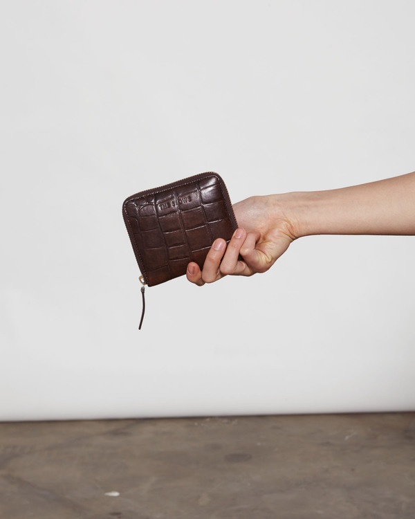 The Stowe Square Wallet - Embossed Croc