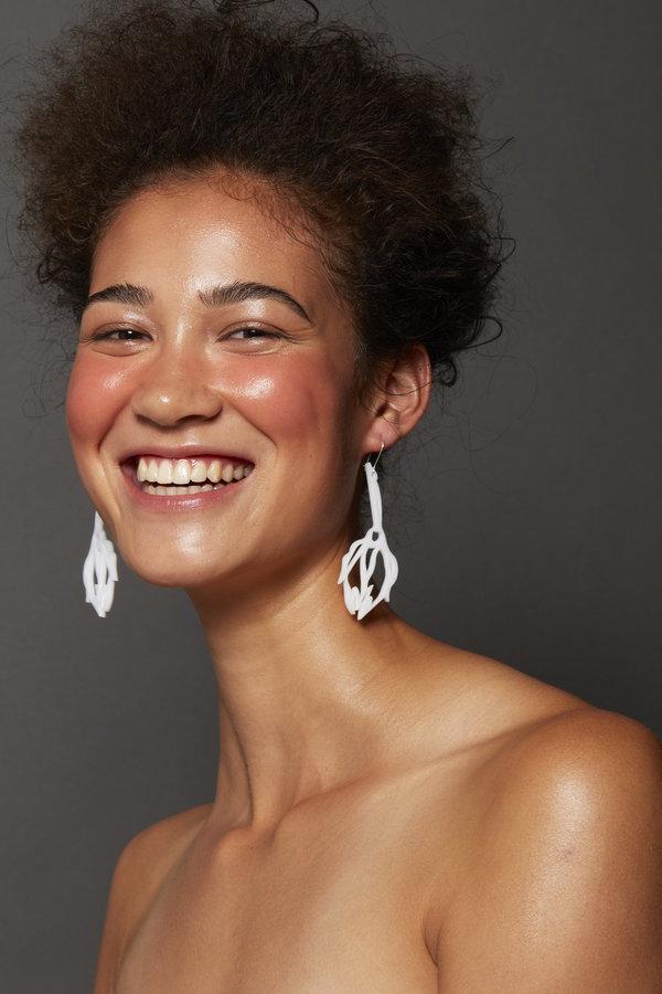 URBANOVITCH Scribble Rose Earring