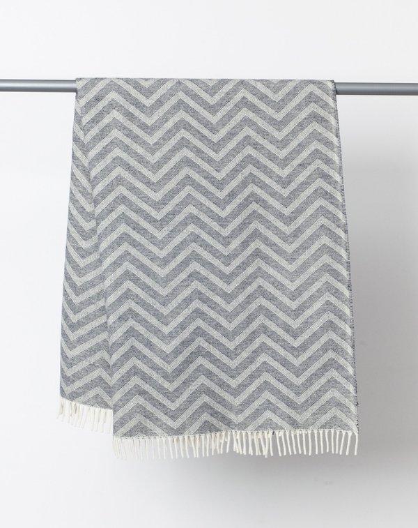 Faribault Woolen Mill Zig Zag Throw - Natural and Grey