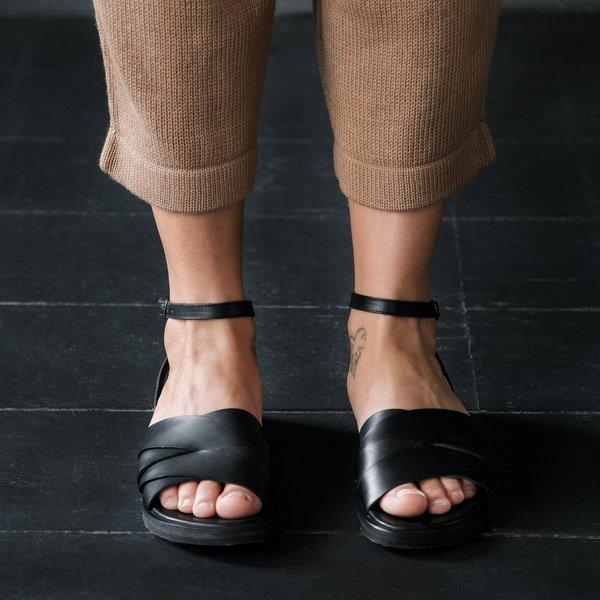 Reinhard Plank Treccia Sandals - Black