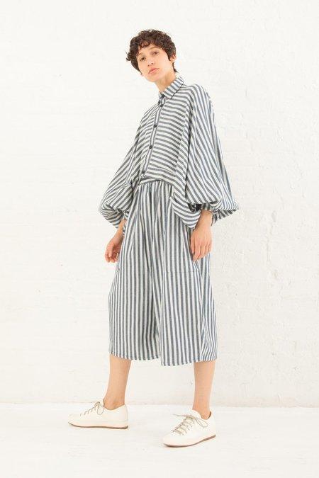 69 Poet's Shirt Striped Linen in Medium Wash