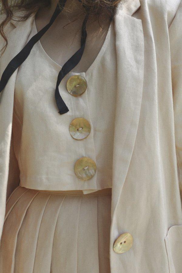 Stil. Button Top - White Peach