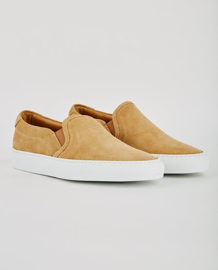 Common Projects SLIP ON IN SUEDE - TAN