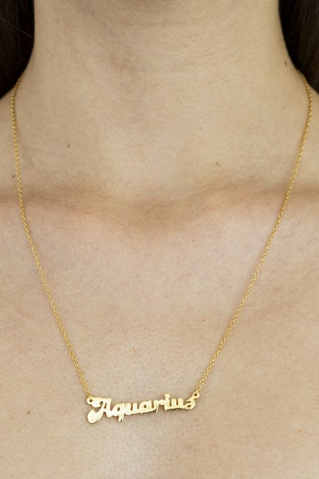 THENINETYNINE Aquarius Zodiac Nameplate Necklace - Gold Plated