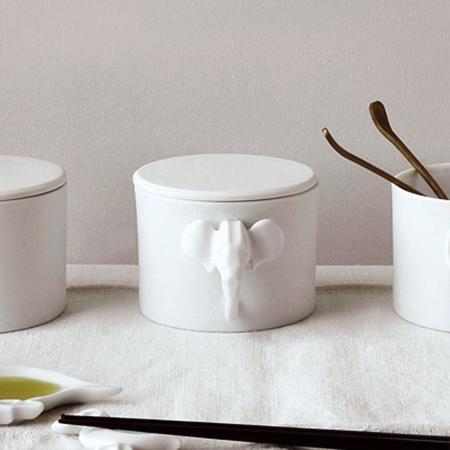Eza Porcelain Mug With Elephant Head