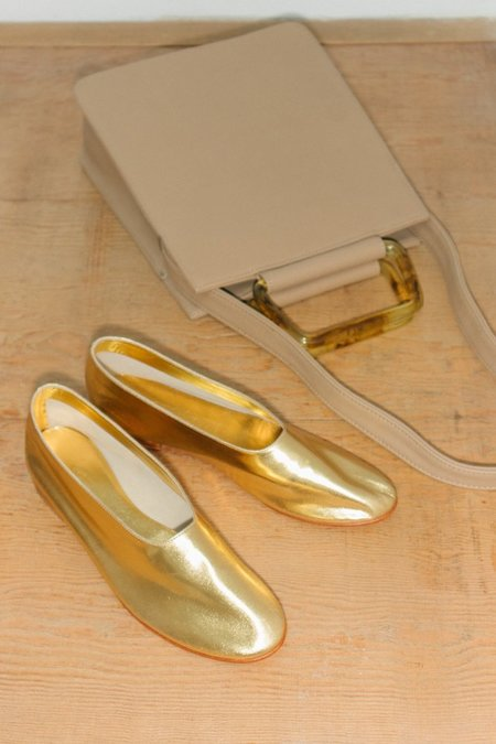 Martiniano Glove Flat Shoe - Gold