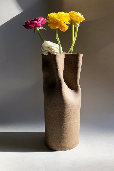 IIIVVVYYY Paper Bag Vase