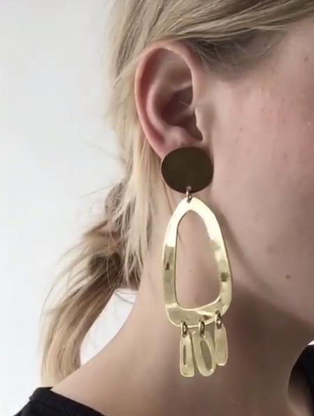 Modern Weaving Odd Oval Fringe Earrings - Silver