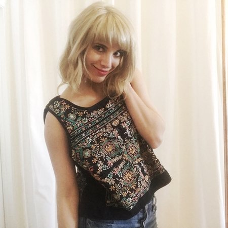 Vintage Gingerly Witty Floral Motif Embroidered Cropped Tank