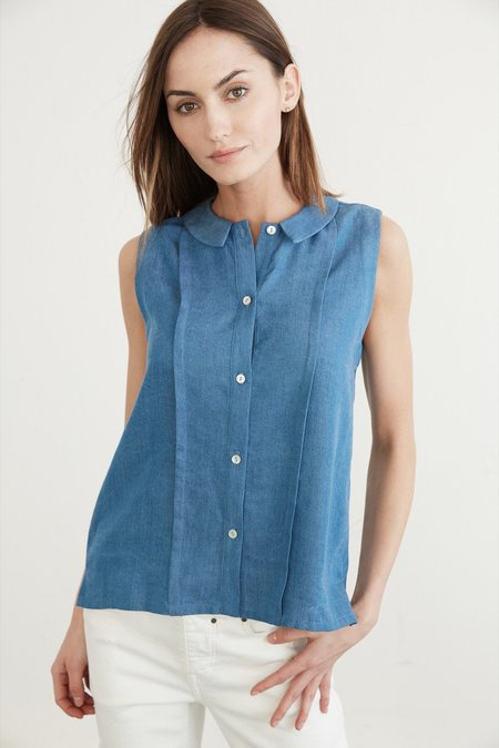 Amour Vert Kailee Chambray Collared Blouse
