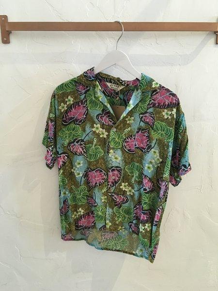 Gingerly Witty Vintage Hawaiian Shirt - M