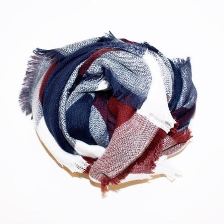PIPE AND ROW STAPLES PLAID BLANKET SCARF - RED/NAVY