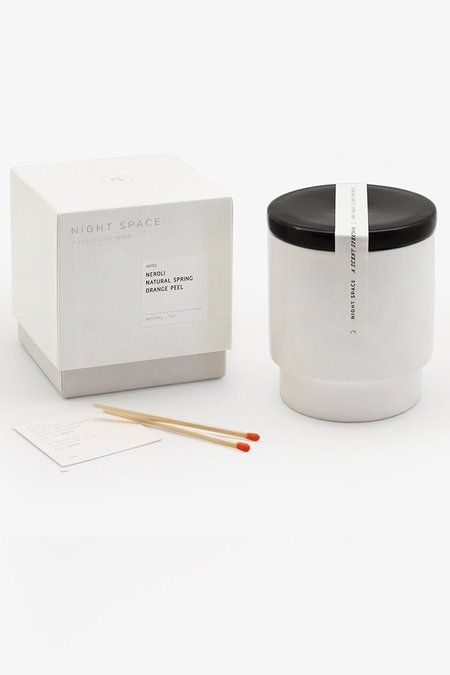 Night Space CANDLE - TRUE BLACK