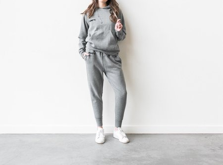BRUNETTE THE LABEL MIDDLE SISTER BRUNETTE CHAINSTITCH HOODIE - HEATHER GRAY