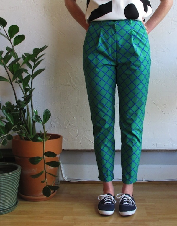 Dusen Dusen Pleated Pants in trellis print