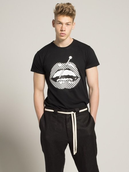 HERMAN MARKET Little Prick Lips T-Shirt - BLACK