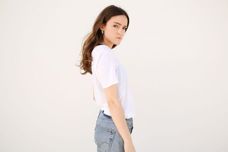 Top Expert Linen Scoop Neck Tee - White