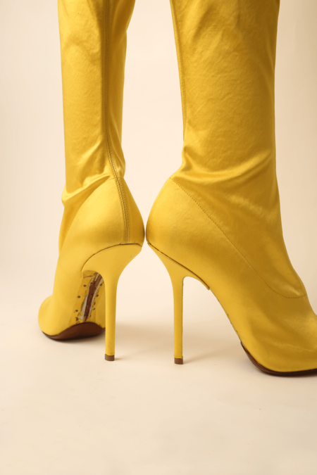 Vetements Thigh High Satin Boots - Yellow