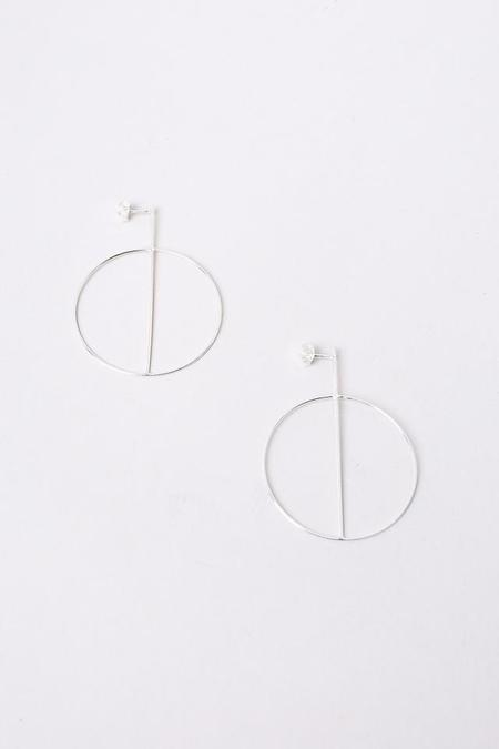 S Tector Metals Small Circle Earrings With Crossbar - Silver