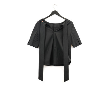 Smarteez Solid Camisia Top - Black