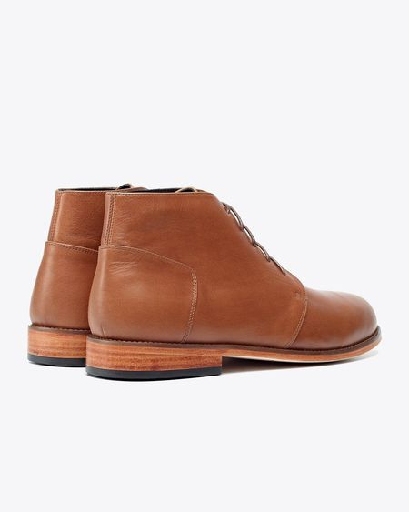 Nisolo Emilio Chukka Boot Saddle - Brown